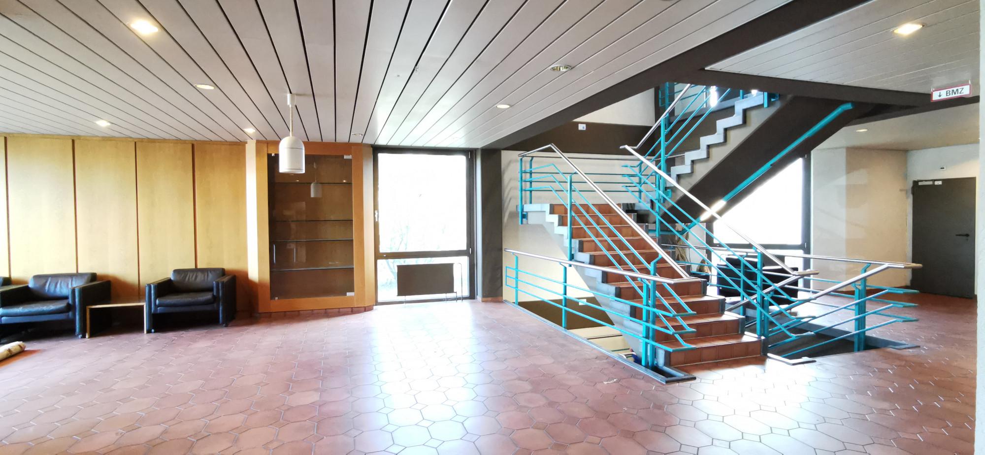 Eingangshalle Treppe